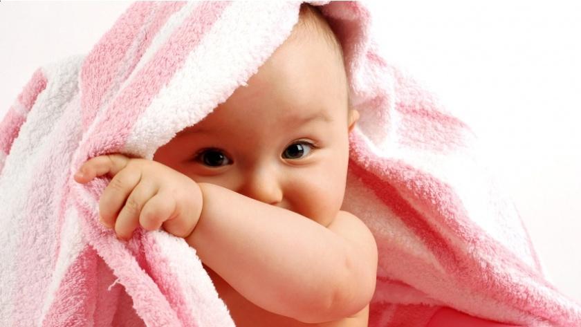 peek_a_boo_baby_wallpaper-852x480.jpg